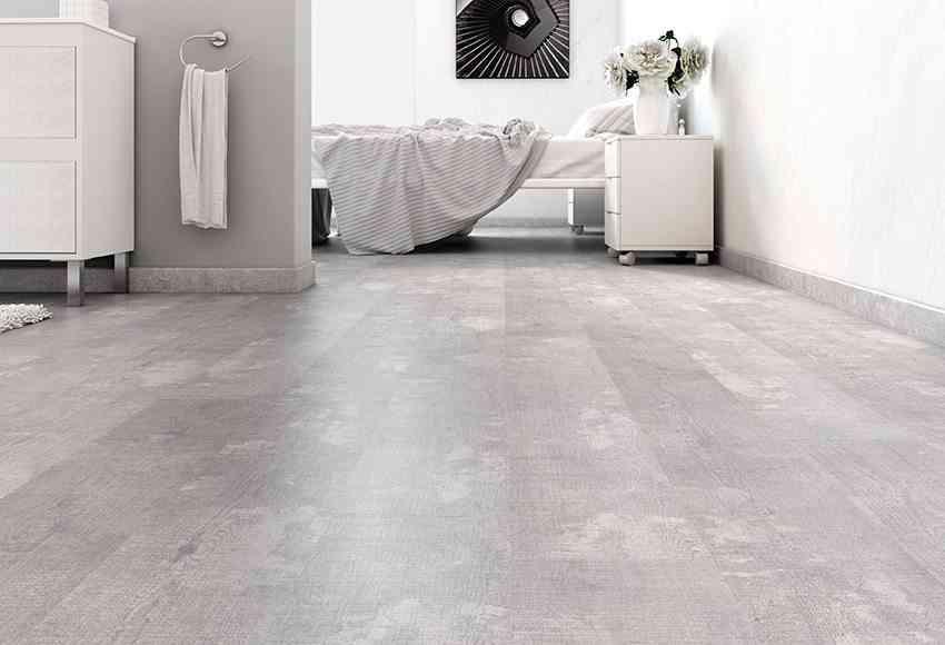 Descubre las ventajas de instalar un suelo laminado for Suelo gris claro