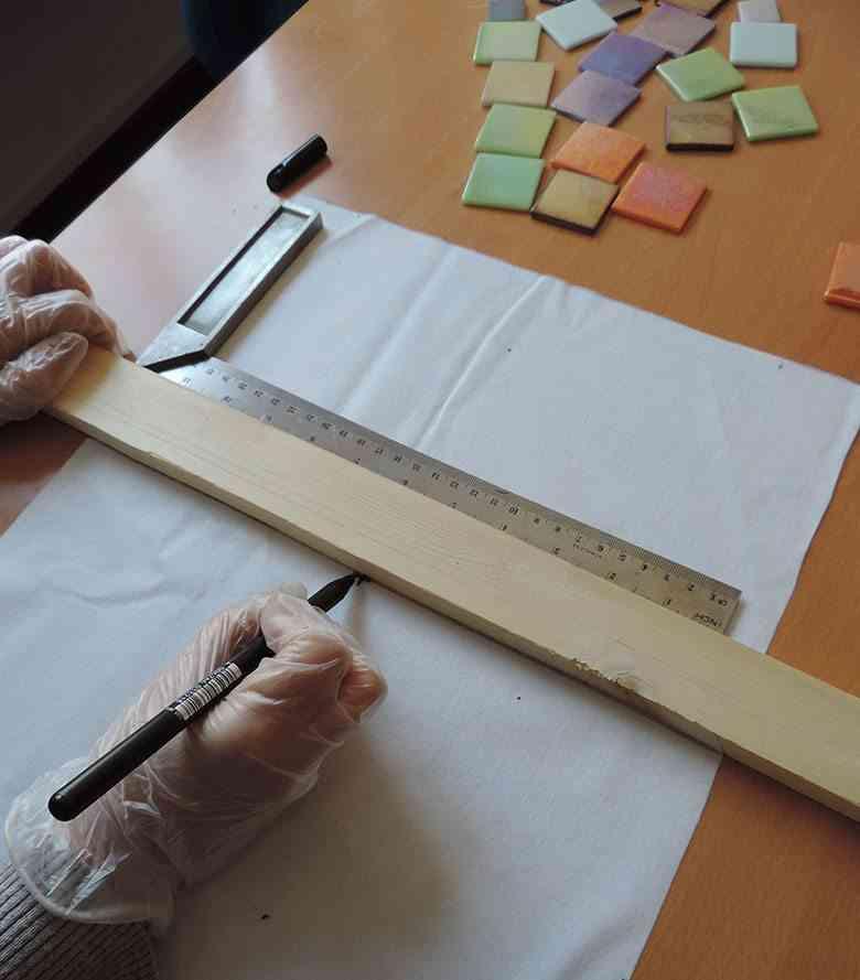 mantel individual con teselas marcar el centro