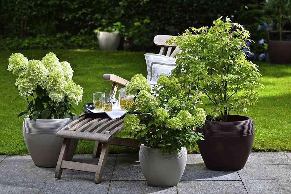 preparar el jardín maceteros muebles de exterior