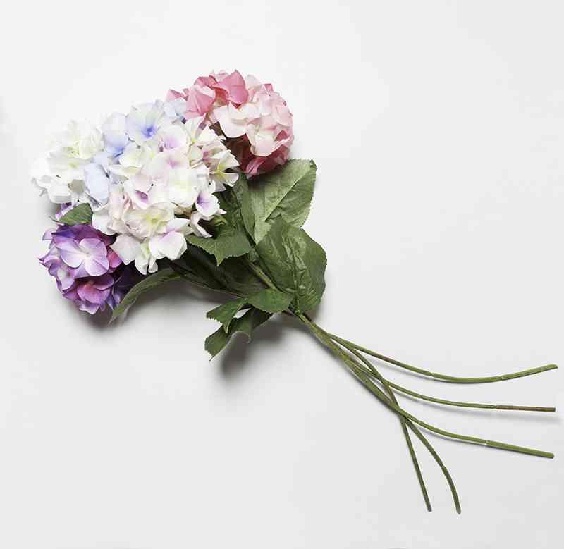 flores artificiales muy mucho ramillete