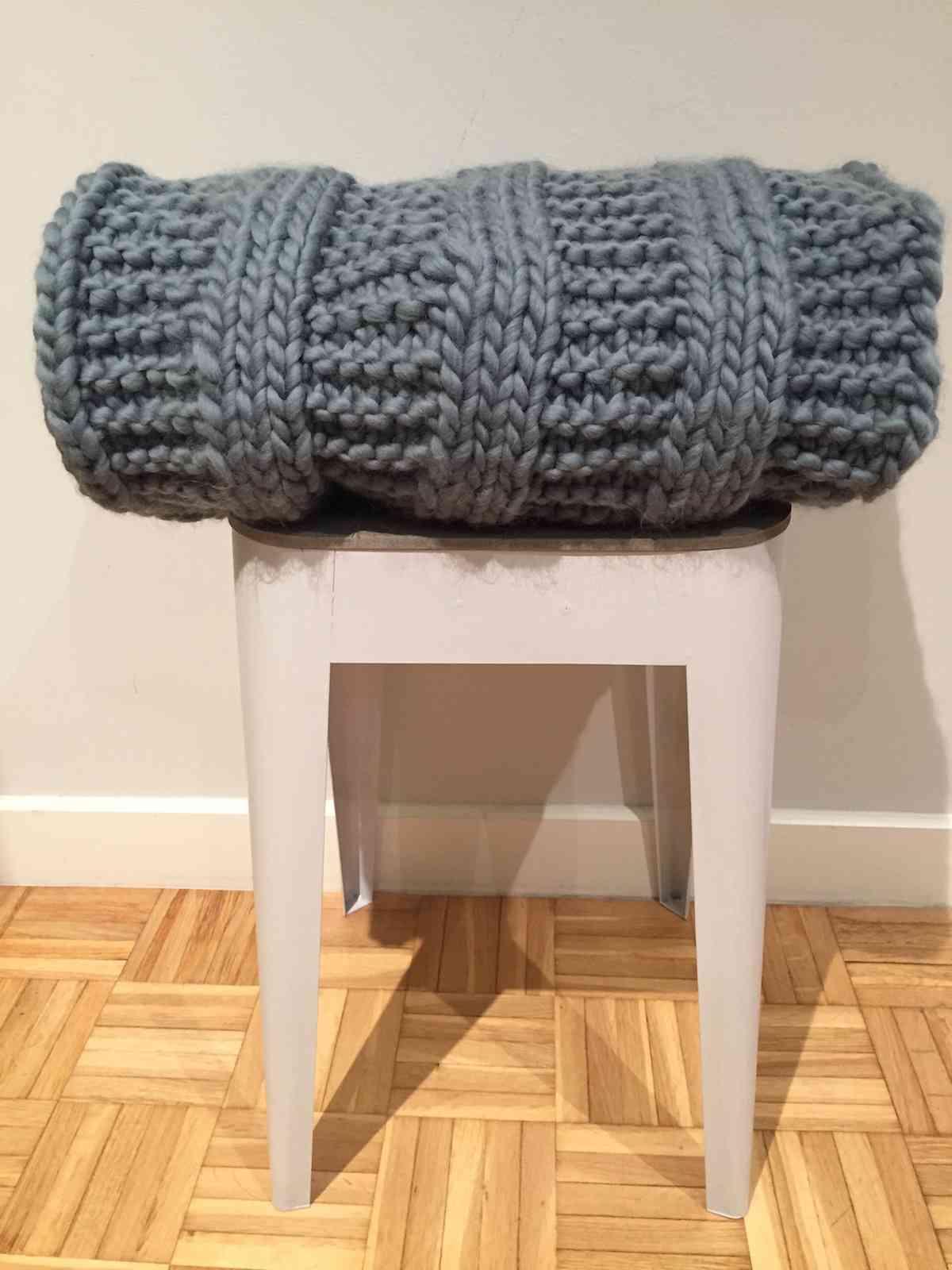 tejer una manta para el sofa - 10