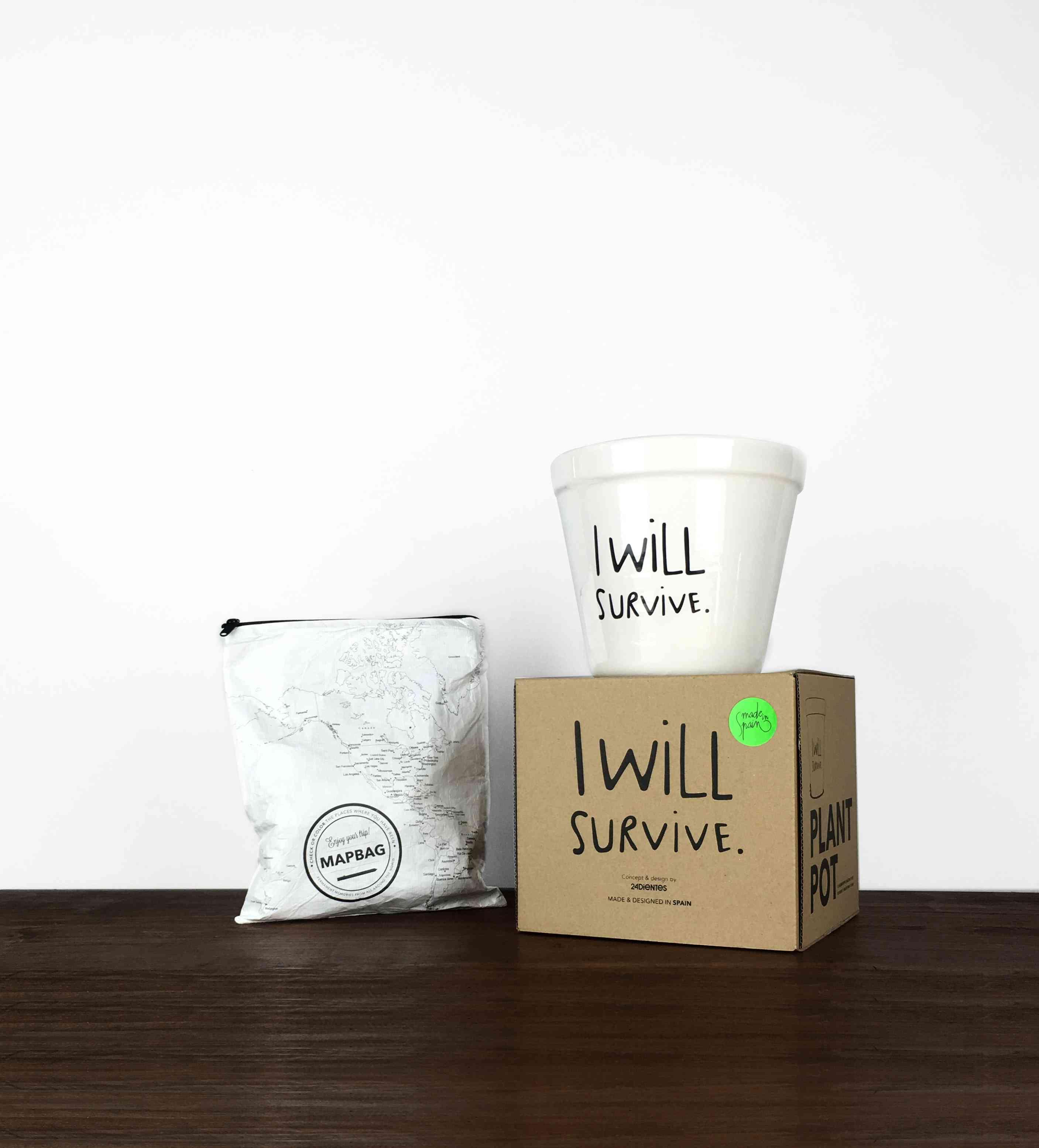 """regalos divertidos para el Día de la Madre - Regalos para mamás supervivientes: Neceser mapa y maceta """"I will survive"""""""