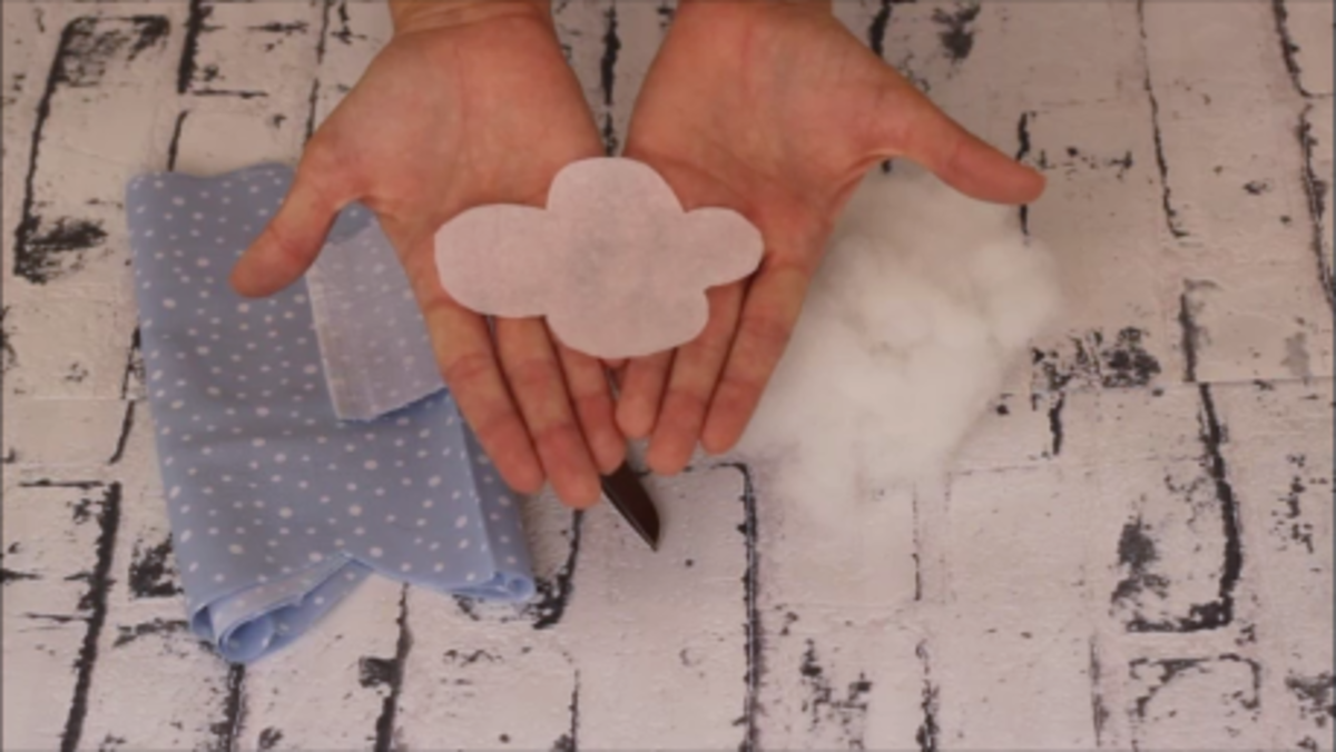 cojín en forma de nube patrón