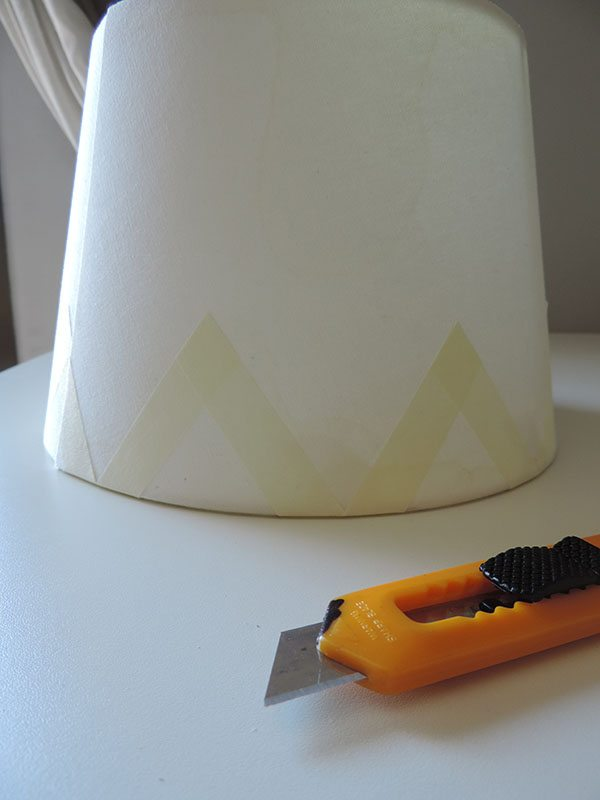 paint a lamp shade 3 step