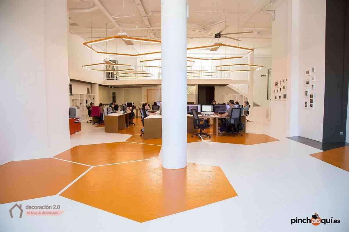 El diseño y decoración de oficina que estimula la creatividad