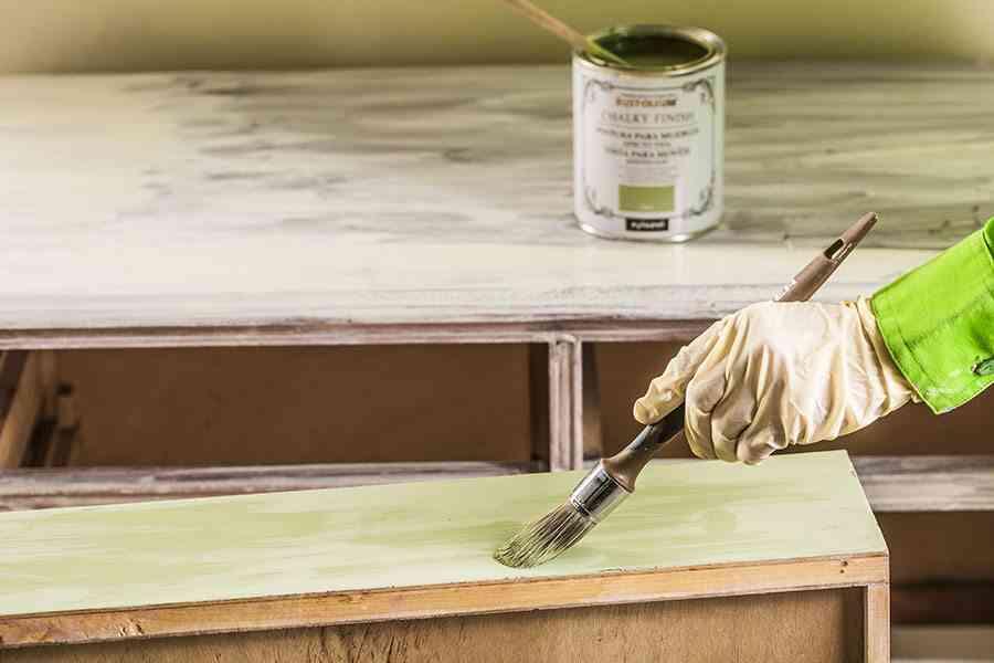 transformar una comoda verde oliva