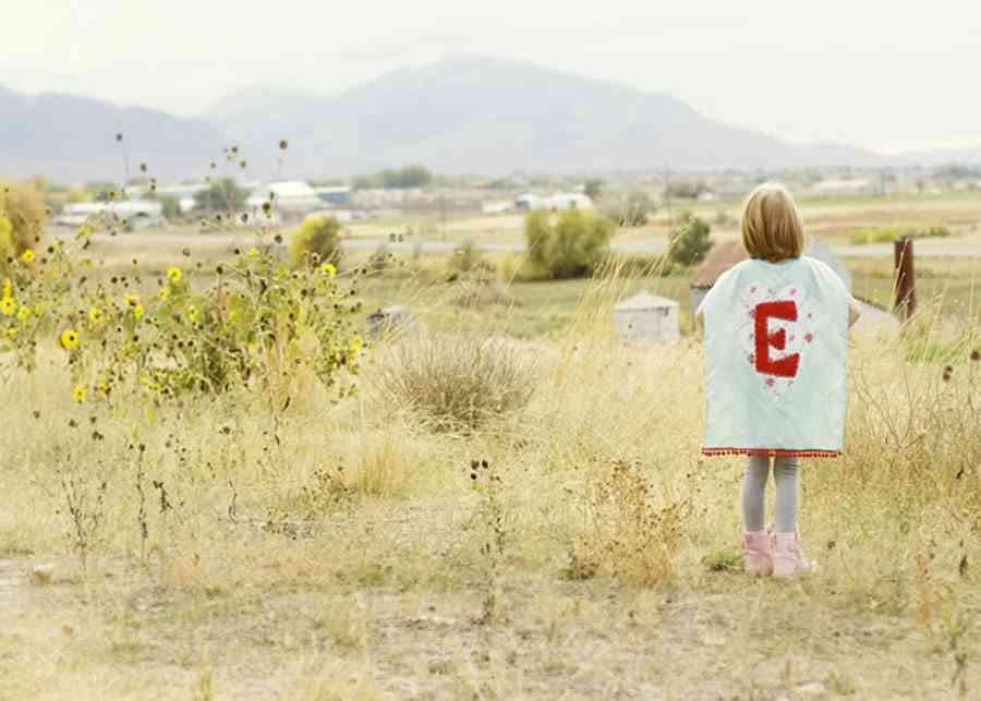 decorar cumpleanos infantiles supergirl en el campo