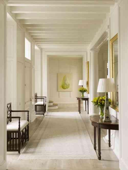 C mo pintar un pasillo estrecho y sin luz for Como decorar un pasillo estrecho