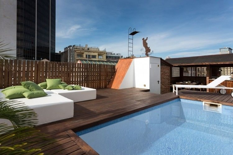 Las m s impresionantes piscinas en terrazas de ticos for Piscinas desmontables para terrazas