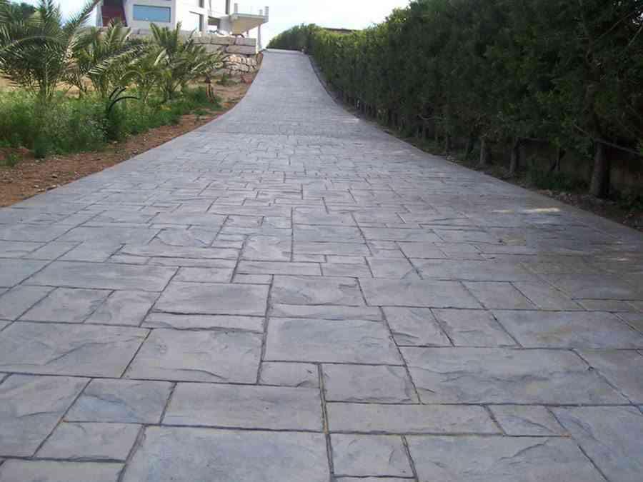 Suelos de piedra para exterior tipos y cu l elegir - Suelos jardin exterior ...