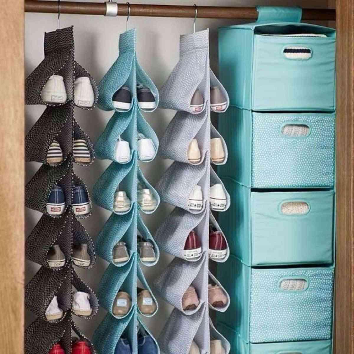 distribuci n de armarios c mo organizar la ropa para tenerla ordenada. Black Bedroom Furniture Sets. Home Design Ideas