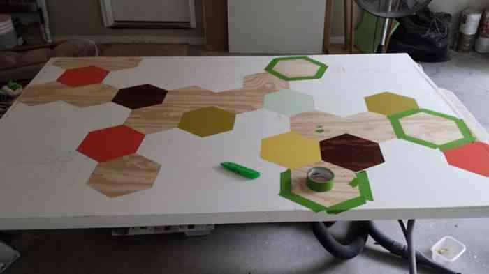 cabeceros-de-cama-pintados-hearts-hexagonos