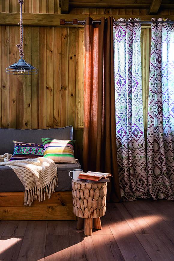 casa otoñal madera