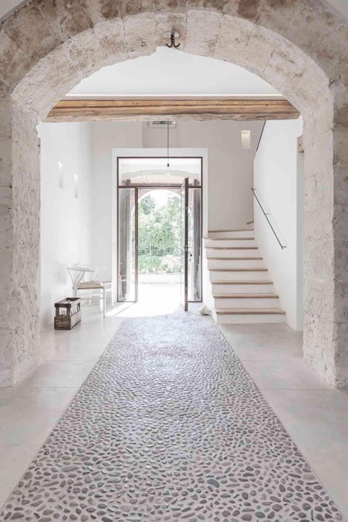 Tipos de suelo de piedra natural y consejos para su limpieza - Suelos de piedra para exterior ...