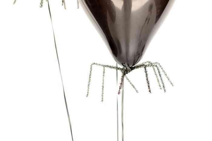 decorar-con-aranas-una-fiesta-de-halloween-globos-2
