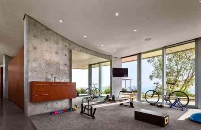 C mo hacer un gimnasio en casa con poco espacio y mucho gusto - Casa con gimnasio ...