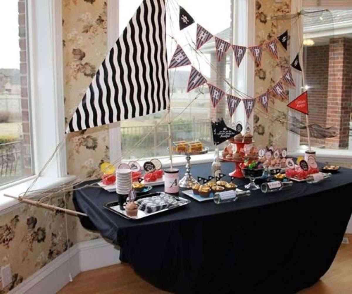 5 mesas decoradas para cumplea os y fechas especiales - Comidas para cumpleanos en casa ...