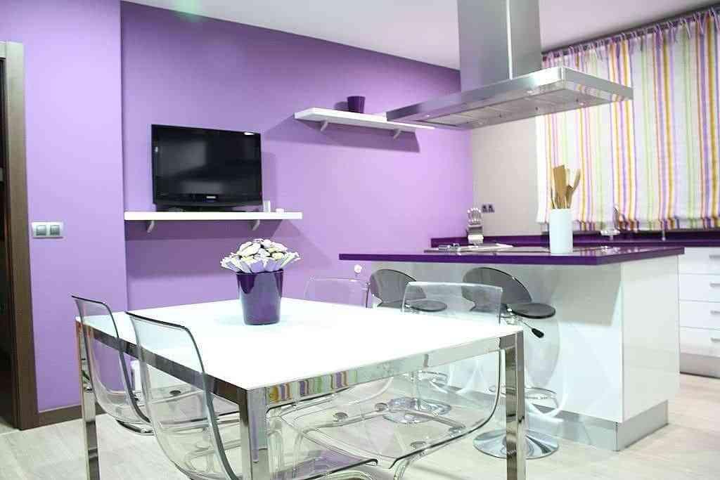 color malva en la cocina