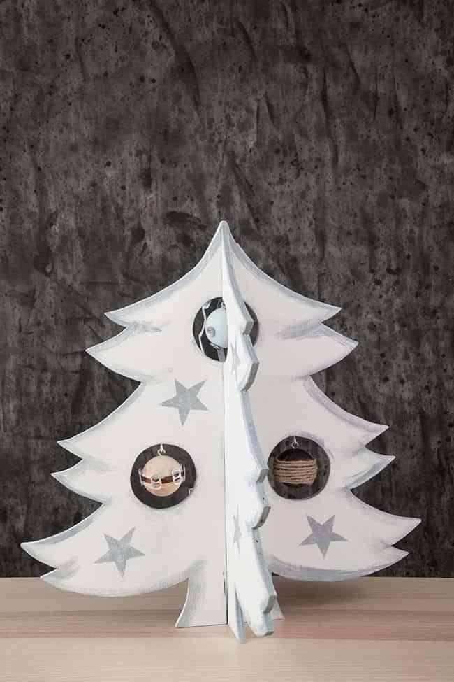 arbol-de-navidad-de-madera-final-blanco