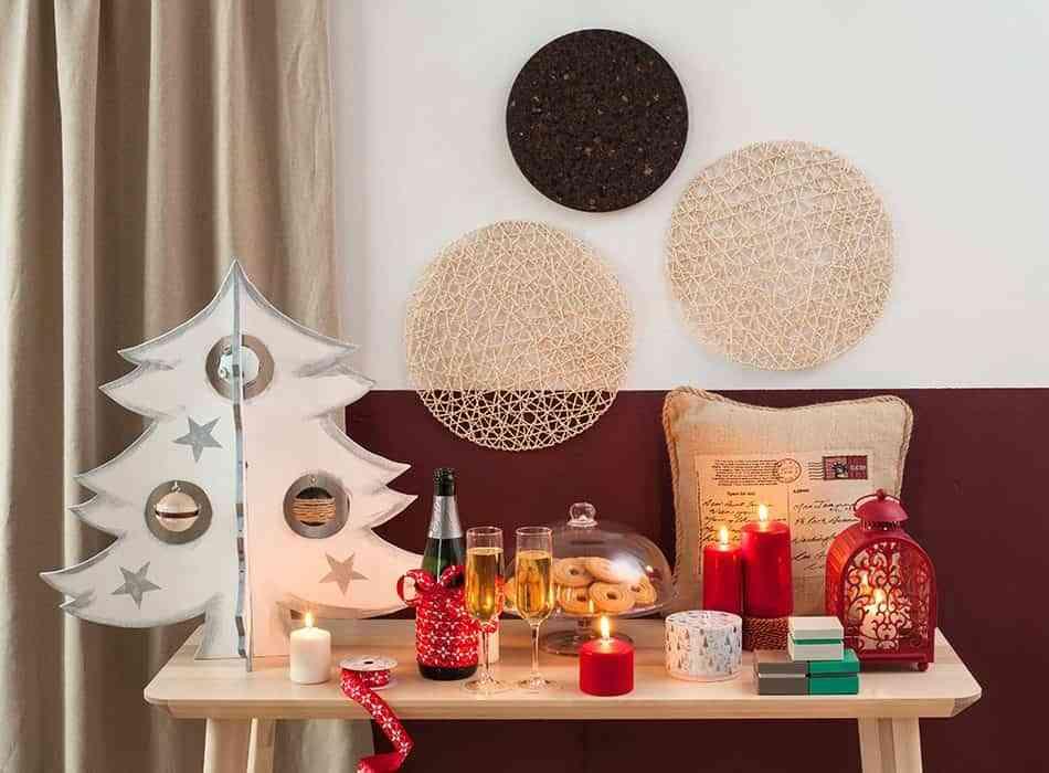 C mo hacer un rbol de navidad de madera para decorar tu sal n - Como decorar un arbol de navidad ...