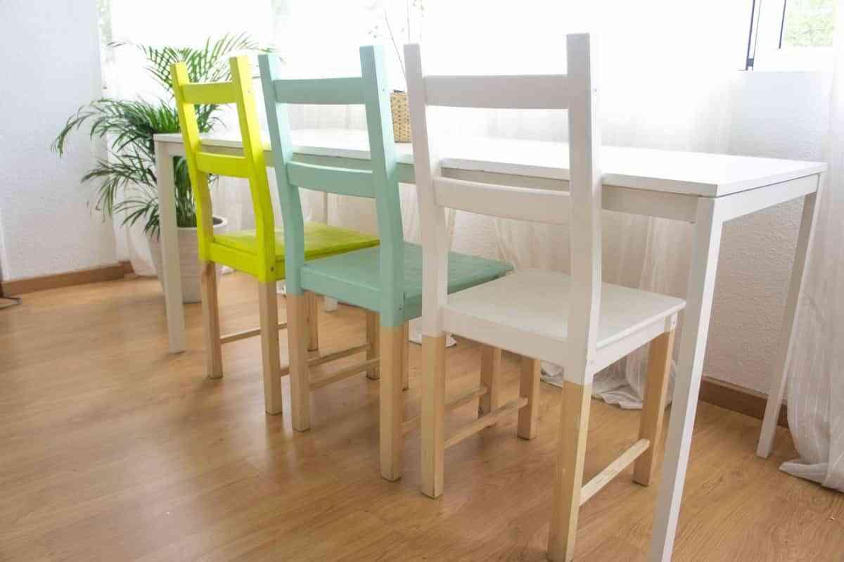 decorar habitación con poco dinero - pintar sillas