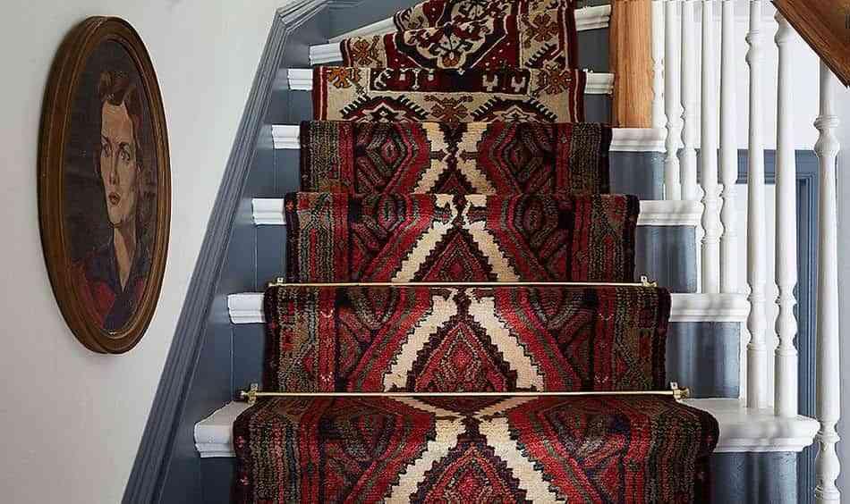alfombra-vintage-para-la-escalera-final-detalle
