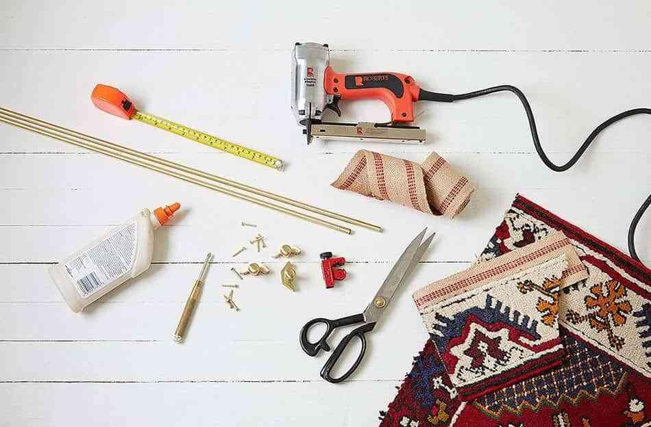 alfombra-vintage-para-la-escalera-materiales