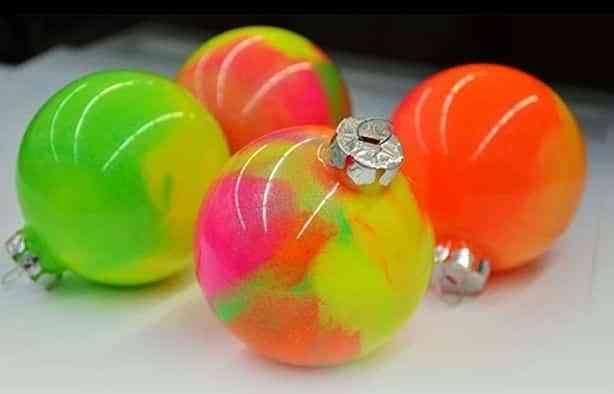 bolas-de-navidad-para-decorar-hometalk