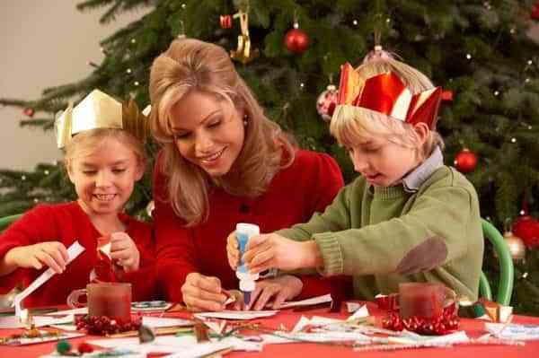 disfrutar-las-vacaciones-de-navidad-she-knows