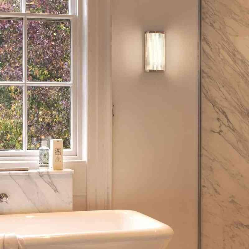 iluminar-el-cuarto-de-bano-astro-luz-de-ambiente
