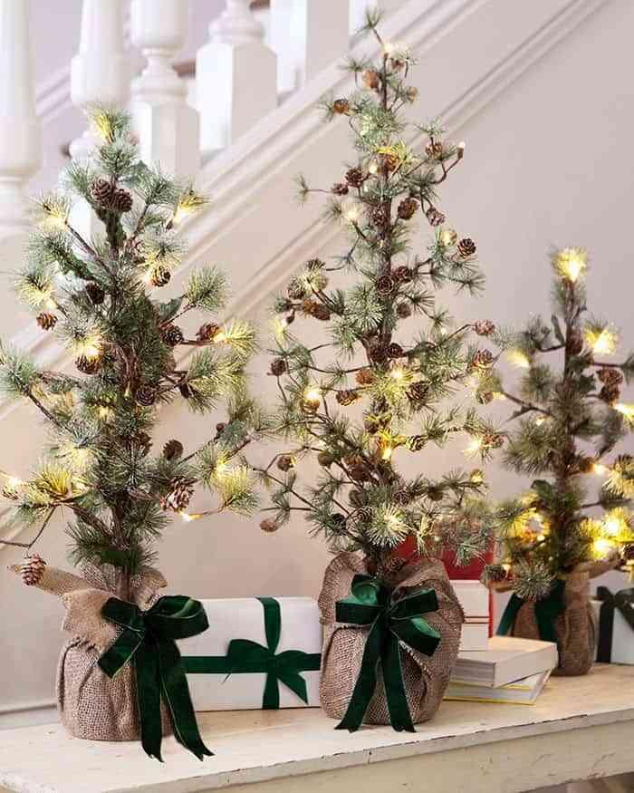 iluminar-la-casa-en-navidad-clipgoo