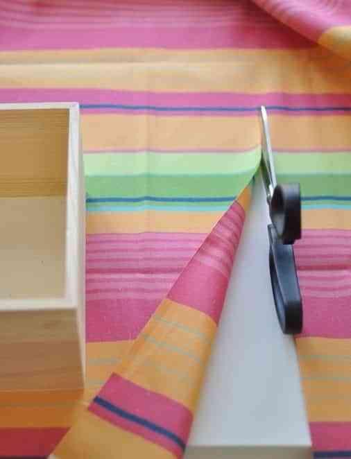 cajas con tela cortar tela 1