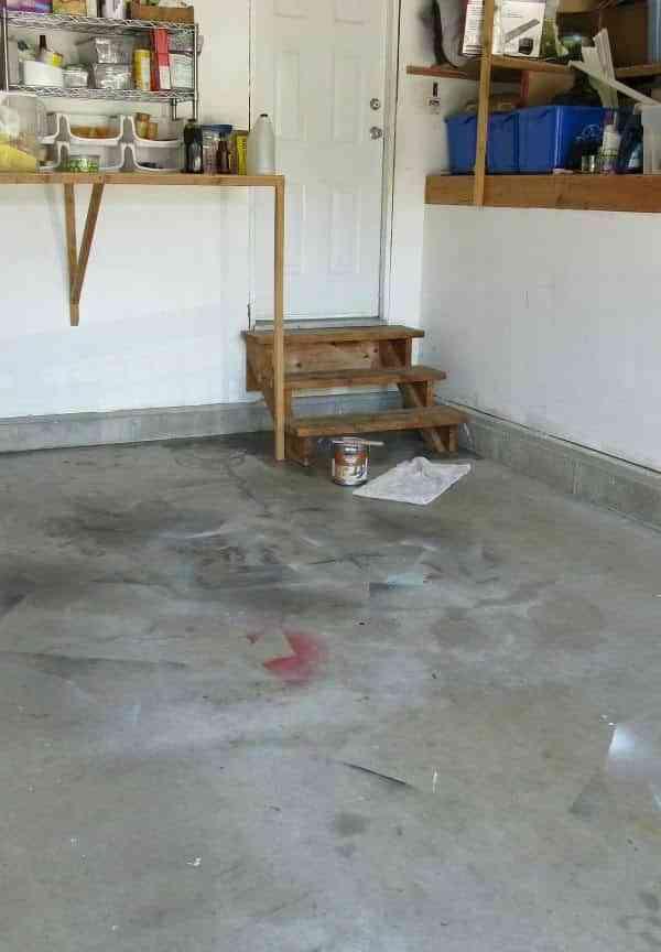 pintar el suelo del garaje clean antes