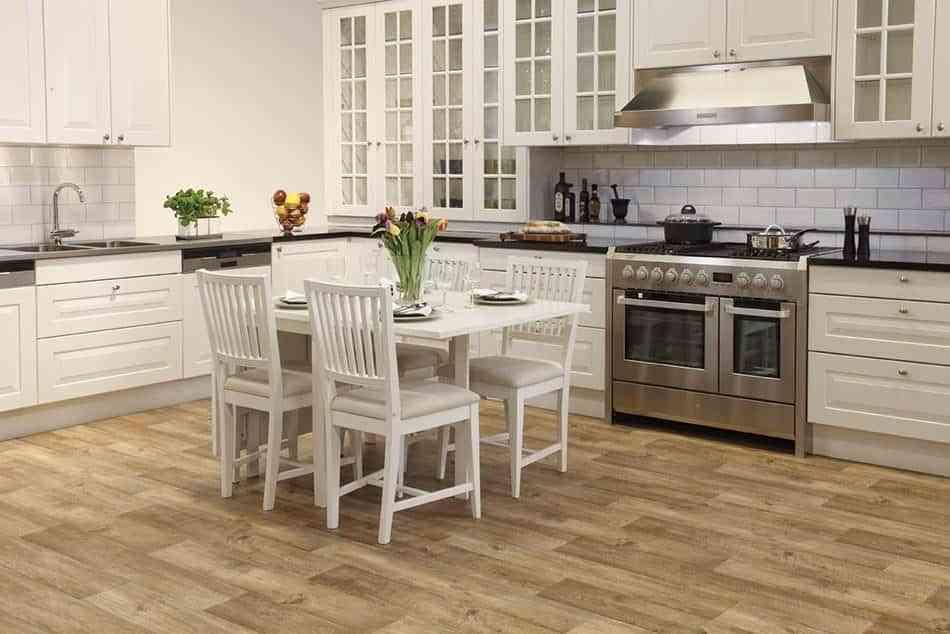 Apuesta por los suelos de cocina modernos m s resistentes for Suelos modernos