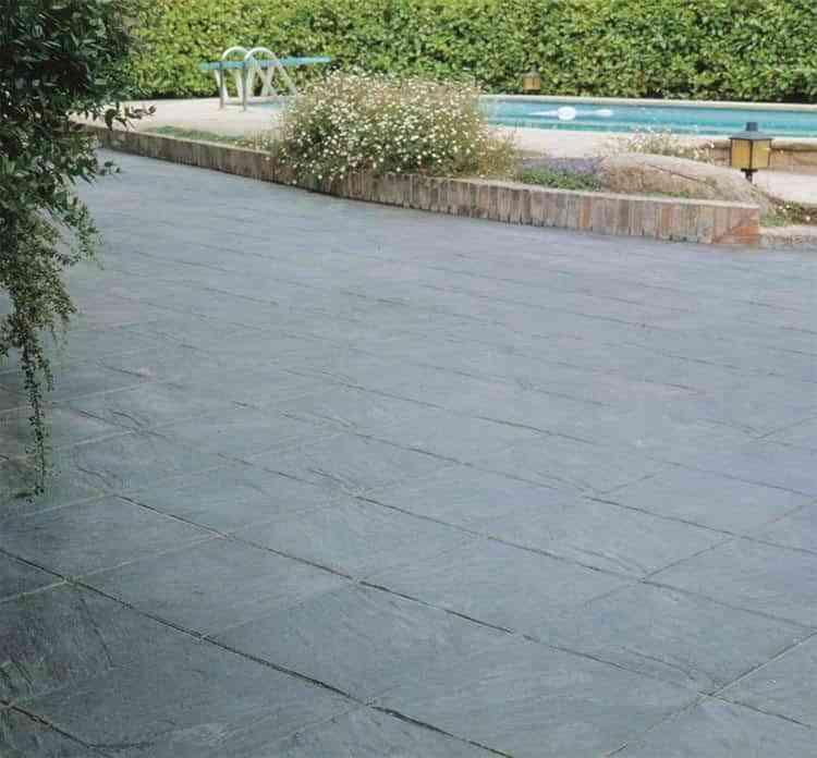 Suelos para piscinas exterior latest suelos de mnimo - Suelos para terrazas exteriores sin obra ...