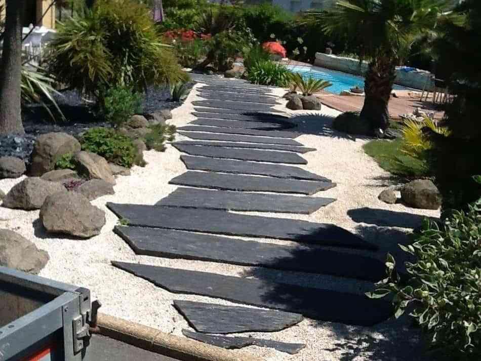 Todas las ventajas de los suelos de pizarra para exterior for Piedra natural para exterior