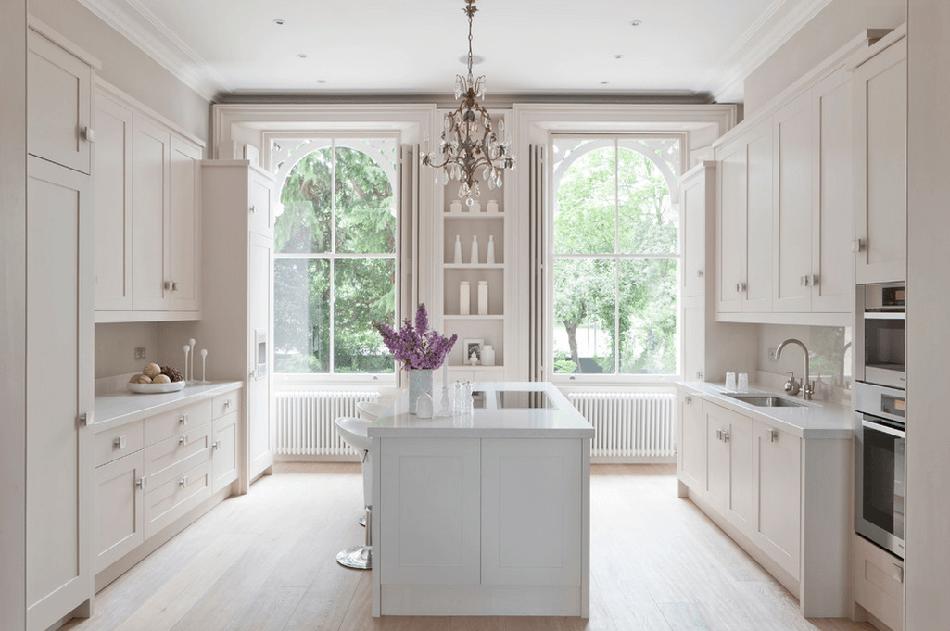 3 estilos de cocinas en blanco que te van a encandilar for Estilos de cocinas