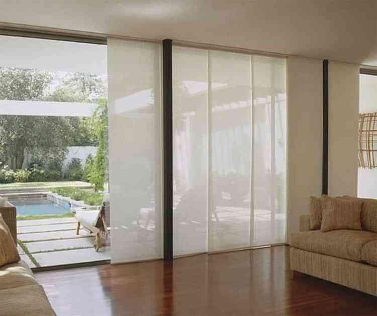 Descubre las ventajas de instalar paneles japoneses en casa for Panel japones blanco y gris