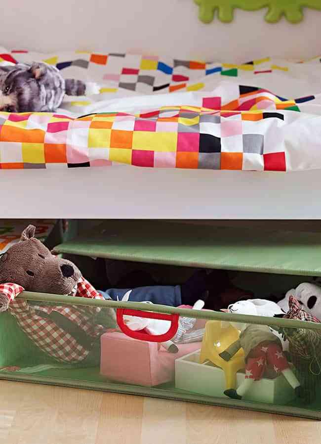 Ideas geniales para guardar los juguetes en el cuarto de for Ikea ninos juguetes