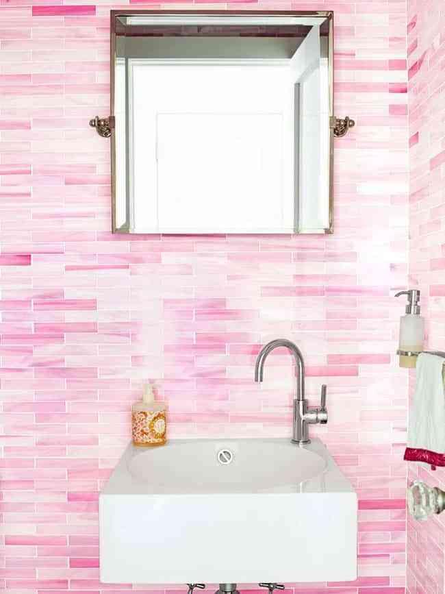 El Encanto De Tener Un Cuarto De Bano De Color Rosa - Azulejos-rosas
