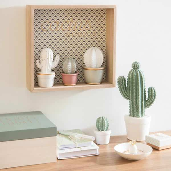 5 formas espectaculares de decorar con cactus que te van a encantar. Black Bedroom Furniture Sets. Home Design Ideas
