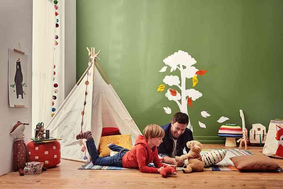 Un vinilo medidor DIY muy decorativo para hacer con tu hijo
