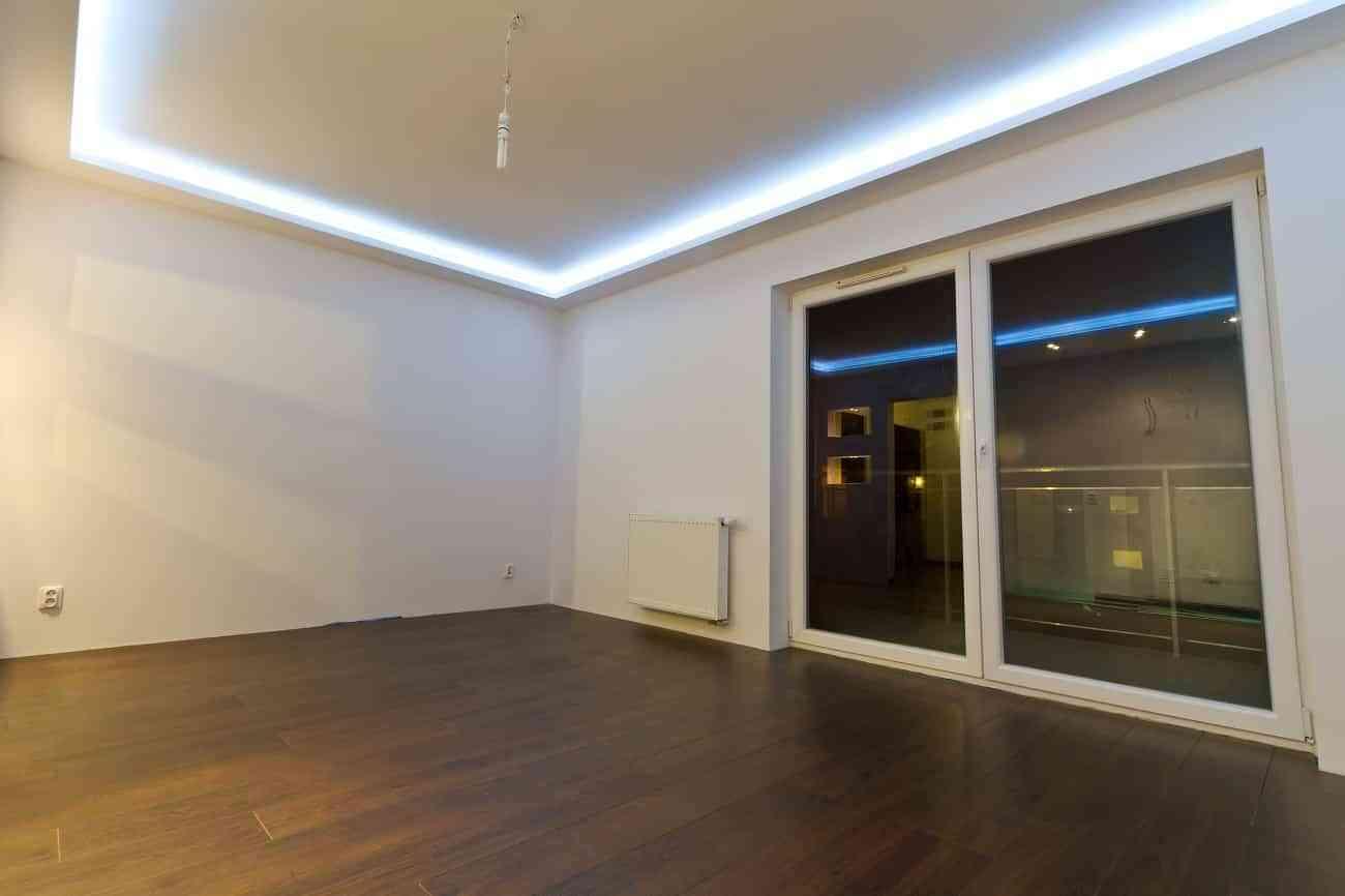 4 instalaciones para sobrevivir sin aires acondicionado al - Luces de led para casa ...