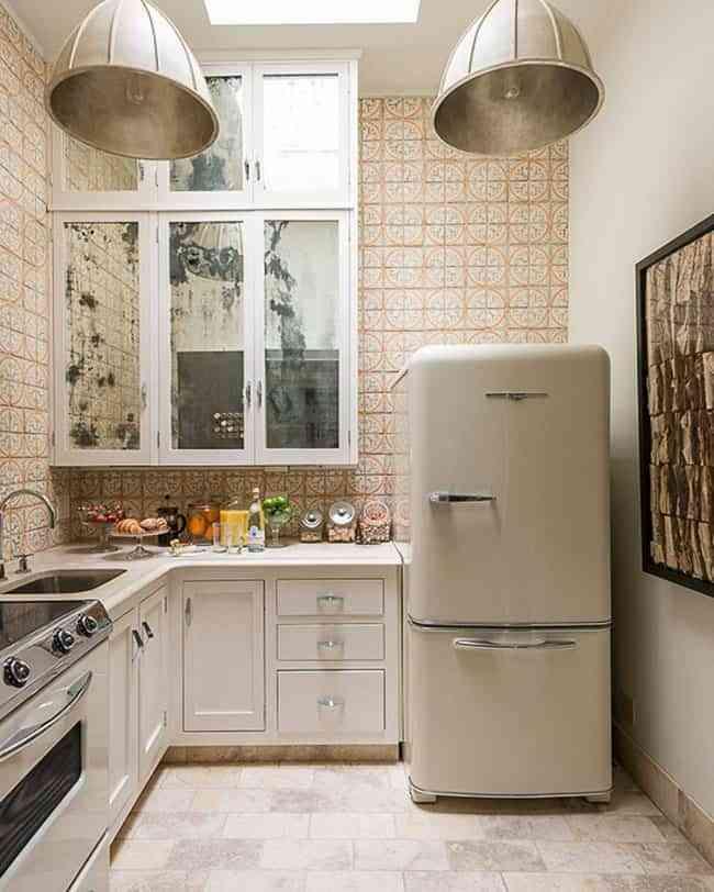 6 elementos que no pueden faltar en una cocina de estilo retro for Estilos de cocinas
