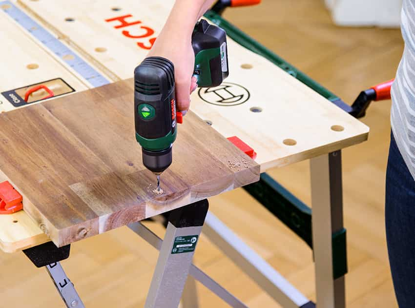 Diy construye t mismo un mueble auxiliar para el sof y for Mueble auxiliar pequeno