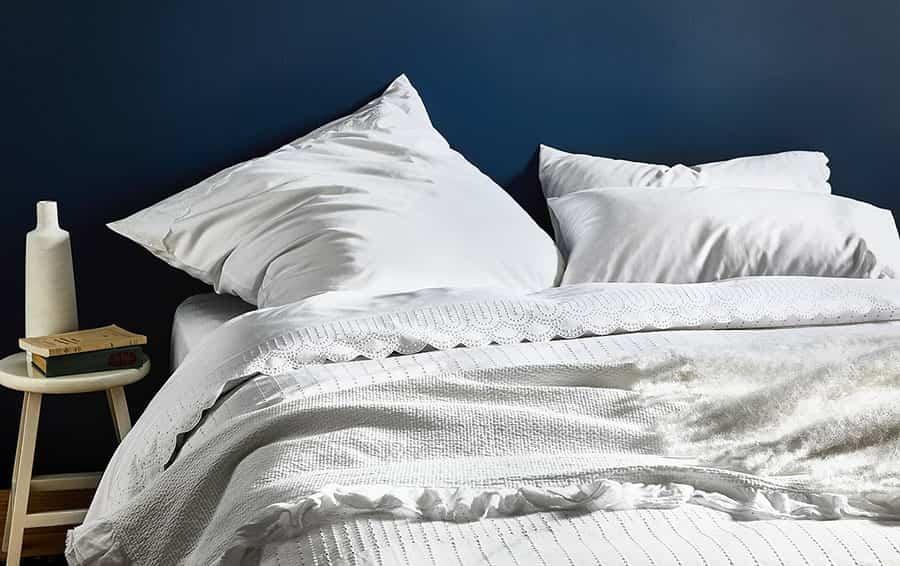 Por qué elegir la ropa de cama blanca y cómo mantenerla perfecta