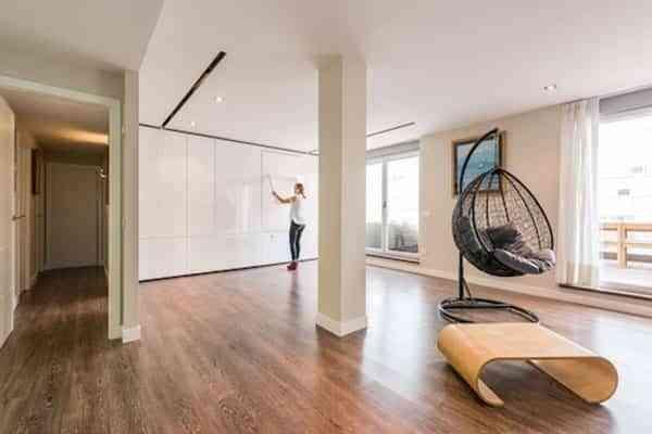 Cómo disfrutar de espacios más flexibles con paredes móviles