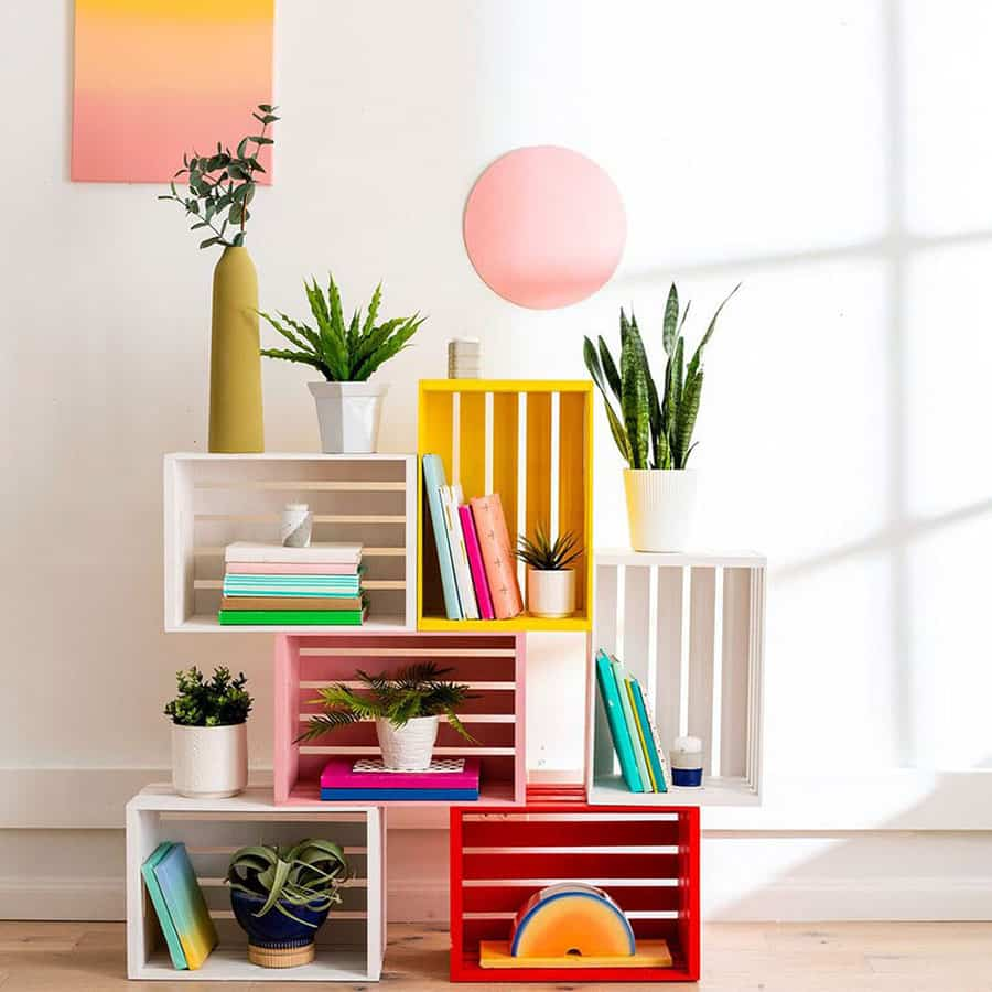 Construye una estantería modular DIY con cajas de fruta