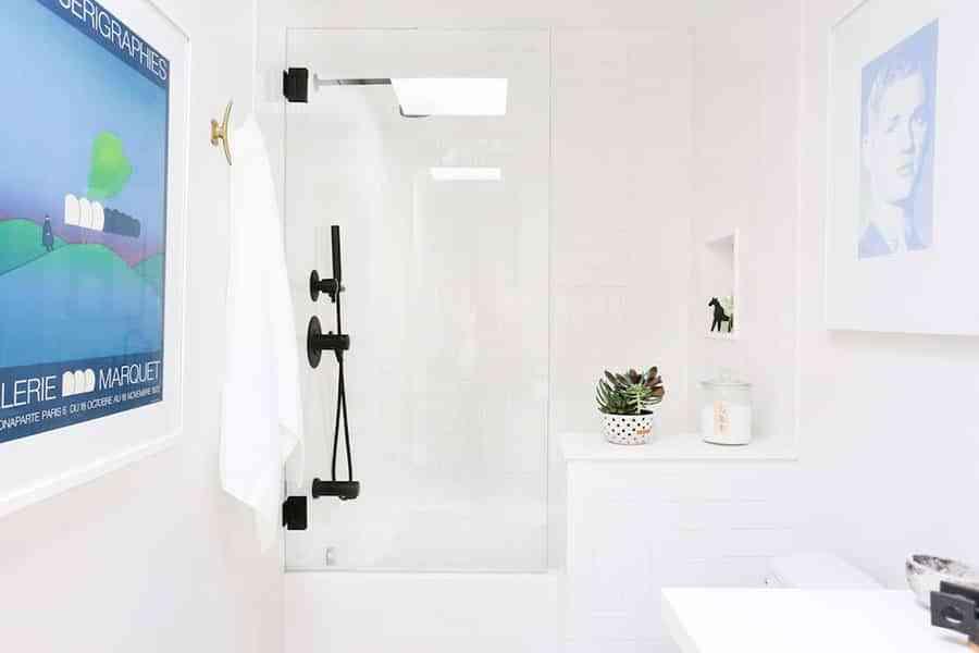 """¿Mampara de baño o cortina de ducha"""" Claves para elegir y acertar"""