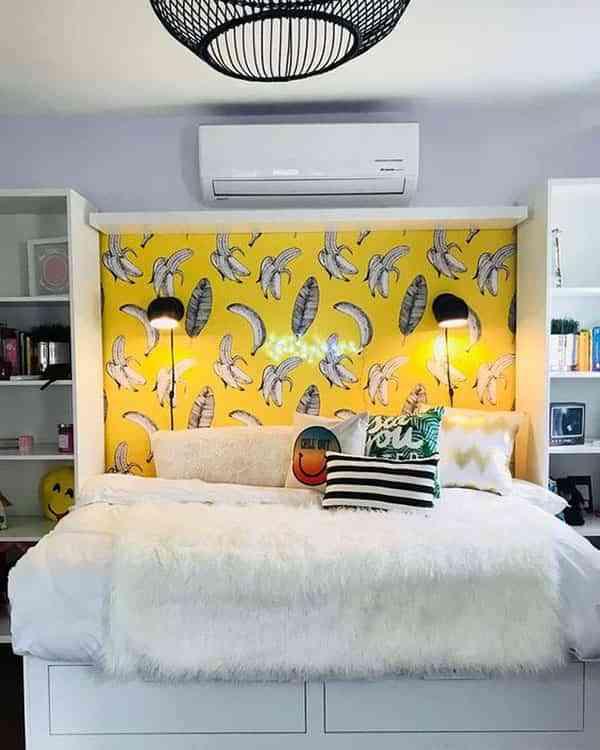 Ideas con papel pintado para decorarlo todo y no solo las for Cabeceros de cama con papel pintado